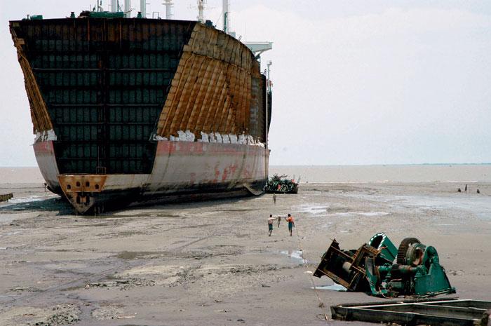Фото №1 - Большая разборка в маленьком Бангладеш