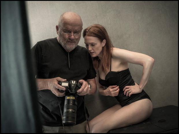 Джулиана Мур на съемке с Питером Линдбергом