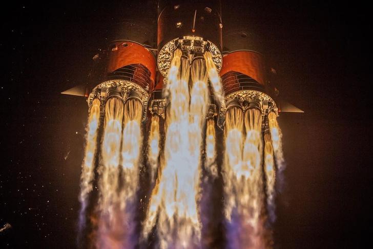 Фото №1 - Как выглядит с Земли стыковка корабля «Союз МС-13» с МКС (видео)