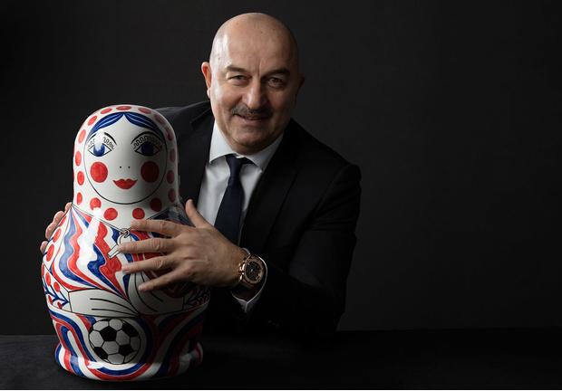 Фото №2 - Большому футболу — «умные» часы!