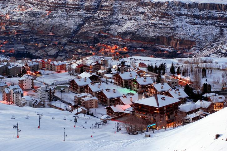 Фото №1 - 4 неожиданные страны, где тоже можно покататься на лыжах