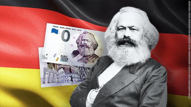 Фото №1 - В Германии выпустили банкноту в 0 евро и продают ее за 3 евро
