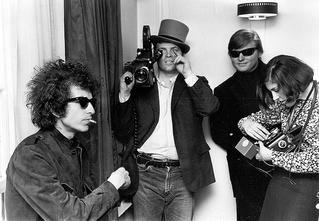Вот за что Бобу Дилану дали Нобелевскую премию по литературе
