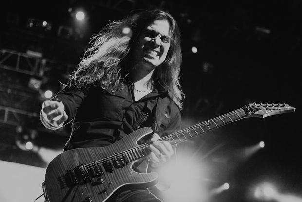 Фото №12 - Megadeth подняли температуру в Москве — посмотри и приобщись!