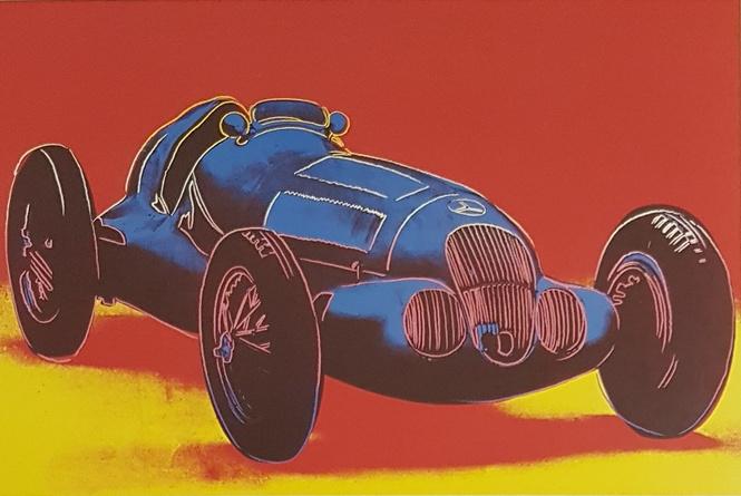 «Любимая машина Энди Уорхола»: выставка легендарного художника пройдет в салоне Mercedes-Benz