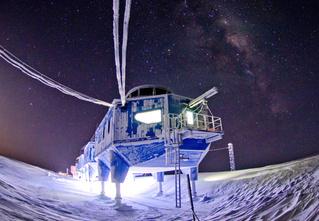 Фото месяца: станция «Галлей-VI» на Южном полюсе