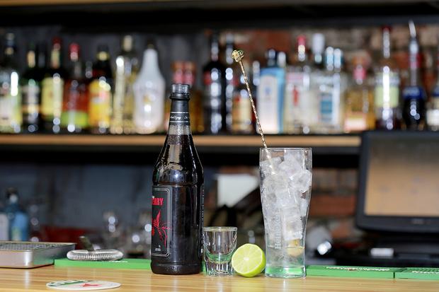 Фото №18 - Лучшие пивные коктейли: 7 главных мужских рецептов