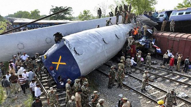 Фото №25 - Самые впечатляющие фото железнодорожных катастроф