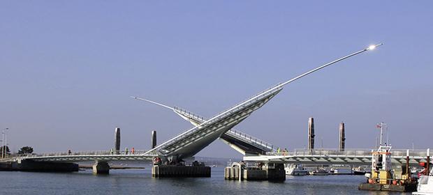 Фото №13 - 15 самых-самых мостов