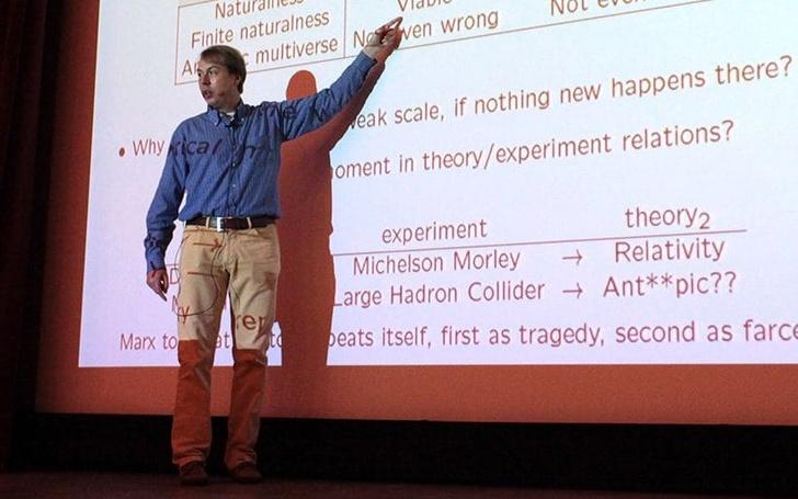Фото №1 - ЦЕРН приостановил сотрудничество с ученым из-за статистики о том, что мужчин цитируют чаще