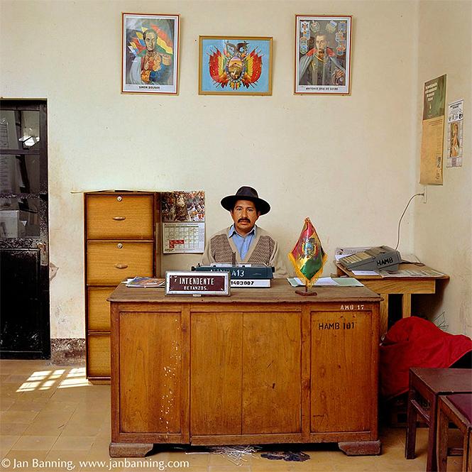Фото №8 - Как выглядят кабинеты чиновников и служащих в разных странах
