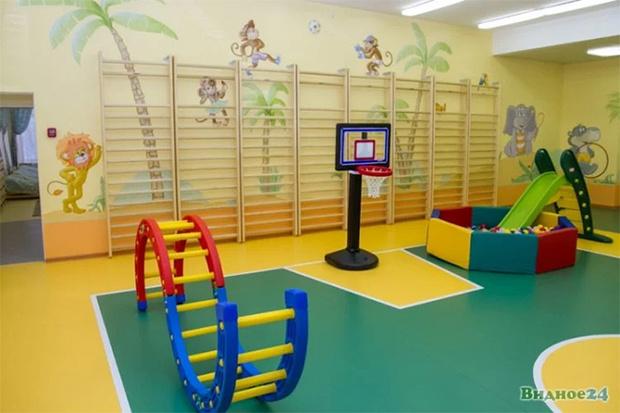 Фото №7 - Иностранцы с изумлением разглядывают русский детский сад