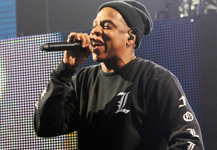 Фото №1 - В США парень процитировал по телефону Jay Z, и к нему ворвались копы. Нет, не потому, что в Штатах запретили рэп