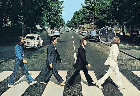 Неужели это русский шпион на знаменитой обложке The Beatles?