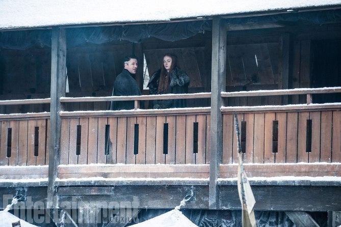 Фото №7 - Интригующие фотографии со съемок нового сезона «Игры престолов»