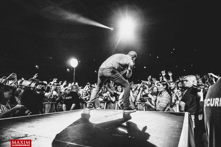 Фото №9 - Вопли рока. Что творилось на концерте Linkin Park