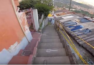Появилось видео самого длинного скоростного спуска на велосипеде по городу