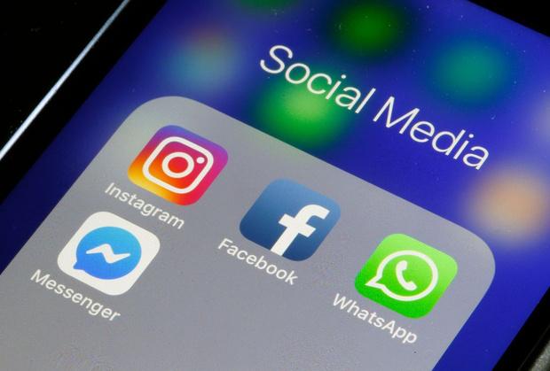 Фото №1 - В Австралии за неположенный контент в тюрьму отправят сотрудников социальных сетей