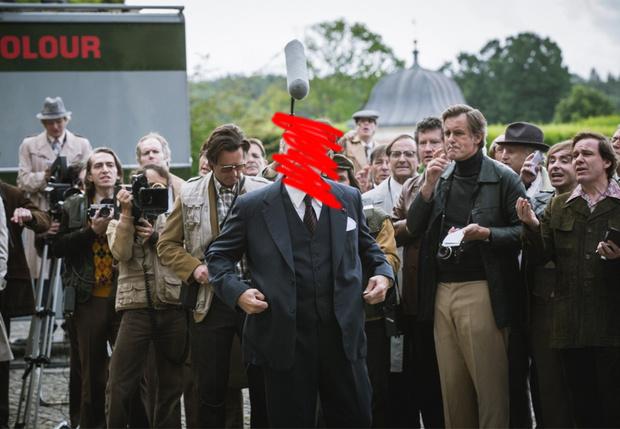 Фото №1 - Сравни два трейлера к фильму с Кевином Спейси: первый вышел до скандала, второй — после