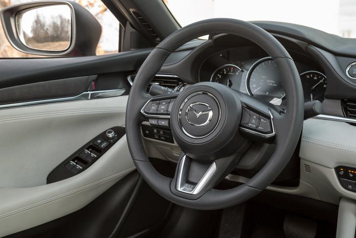Фото №5 - Mazda 6 козыряет русским паспортом