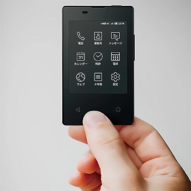 Фото №2 - Самый тонюсенький смартфон мира создан в Японии