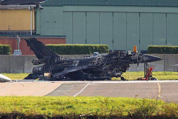 Фото №1 - Бельгийский F-16 случайно расстрелял другой F-16 на аэродроме