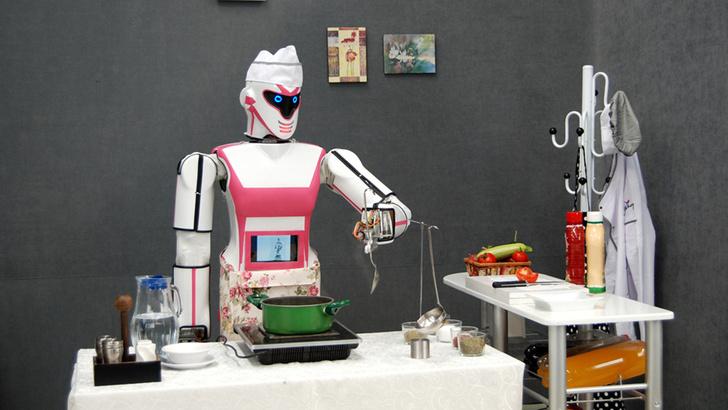 Фото №2 - Турецкая компания выпустила бытового робота, но он чудовищно страшный