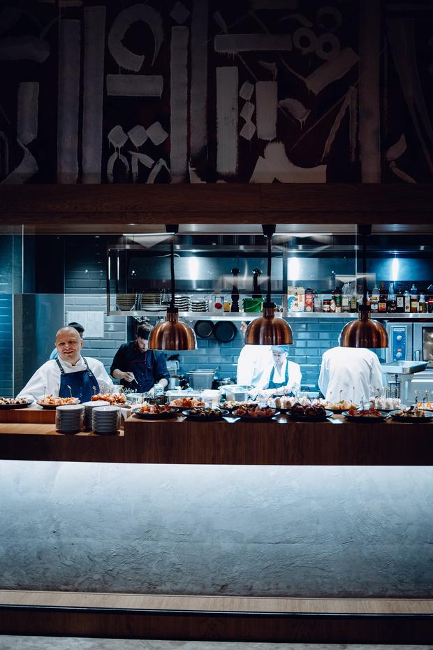 Фото №1 - Открытие ресторана Fado собрало звездных любителей мяса