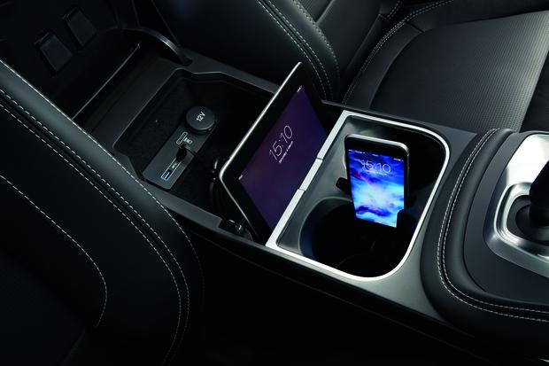 Фото №6 - Рекорд Гиннесса: «бочка» на серийном автомобиле. Видео!