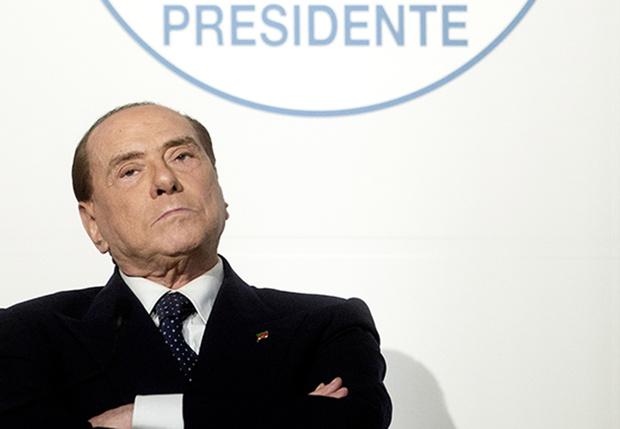 Фото №1 - Облико скандале! Берлускони: невероятные приключения итальянца в Италии