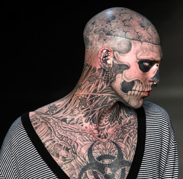 Фото №15 - Татуировки, которые реально помогают! Как у Тимати, только без опечаток
