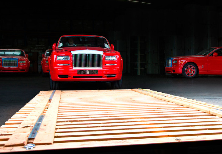 Фото №13 - Из ворот завода в Гудвуде выехал последний Rolls-Royce Phantom VII