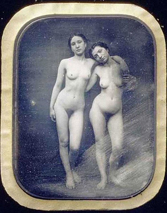 Первая эротика на фото