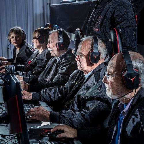 Фото №3 - В бой идут одни старики: команда пенсионеров выступит на турнире по CS: GO