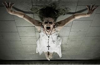 Время менять профессию: Ватикан запустил курсы экзорцистов