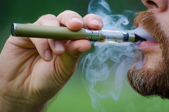 Ученые признали безвредность электронных сигарет
