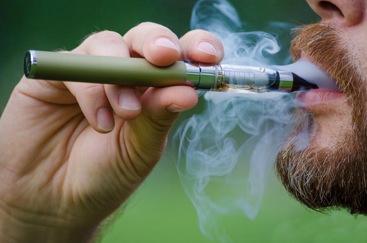 Фото №1 - Ученые признали безвредность электронных сигарет
