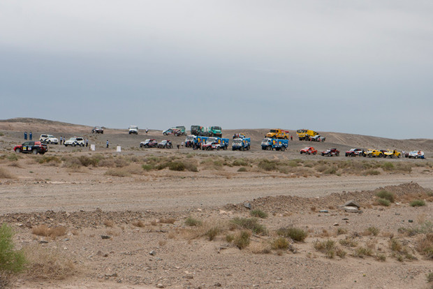 Фото №78 - В пекло и обратно: пытаемся проверить, что умеет Toyota Land Cruiser