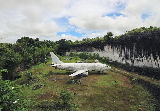 Фото №1 - Мистерия тайны загадочного самолета: откуда взялся этот «Боинг»?!