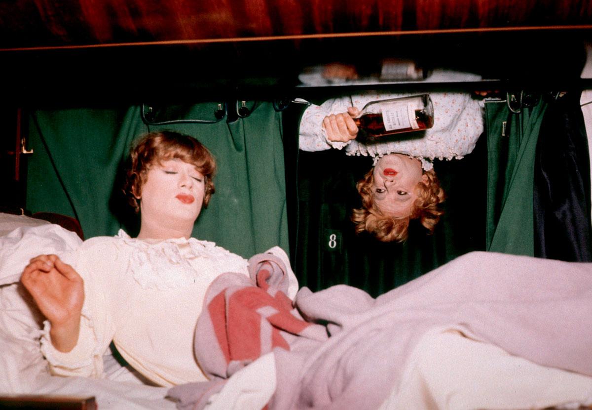 Секс в купе вагона фото 15 фотография