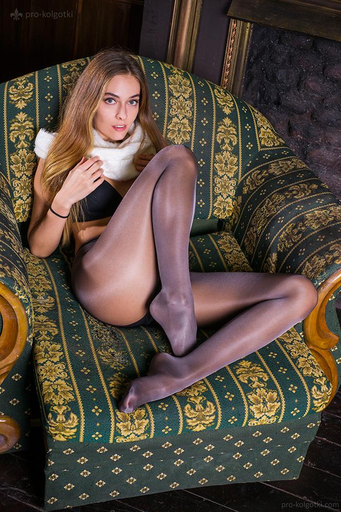 Фото №6 - Самые сексуальные колготки человечества