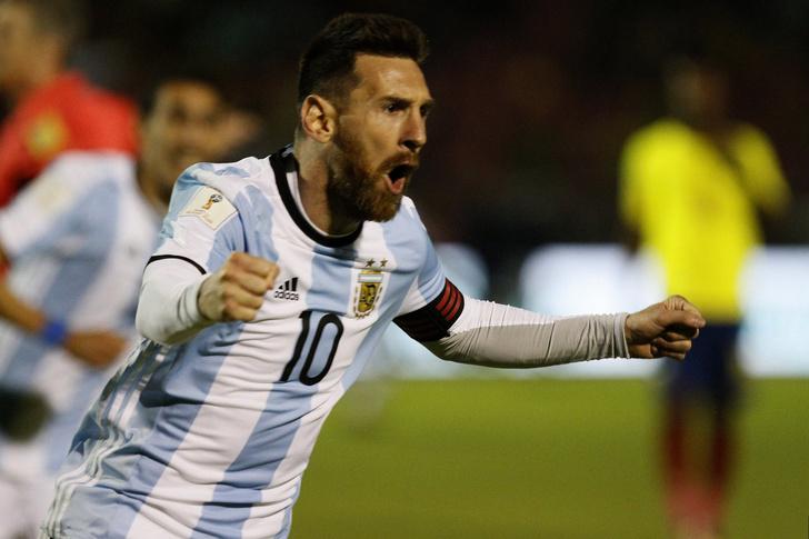 Фото №1 - Ликующий Месси поет во всю глотку после победного хет-трика, которым вытащил сборную Аргентины на ЧМ-2018