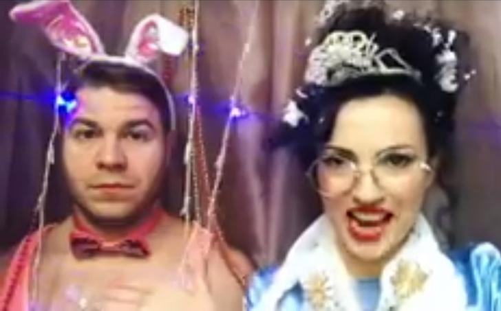 Фото №5 - Красивая и смешная! Питерская актриса Евгения Свиридова сразила нас веселыми видео и ямочками