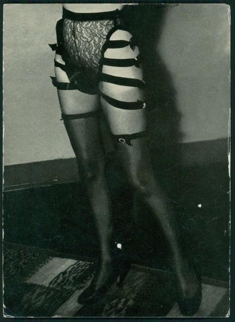 Фото №15 - Реклама фетишистского нижнего белья 1920-х годов