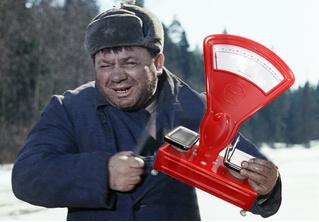 В Краснодаре налетчик вынес из магазина весы вместо кассы. Ошибочка вышла