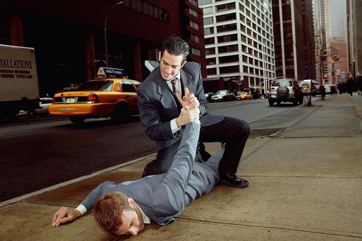 Фото №2 - Как вести себя в уличной драке