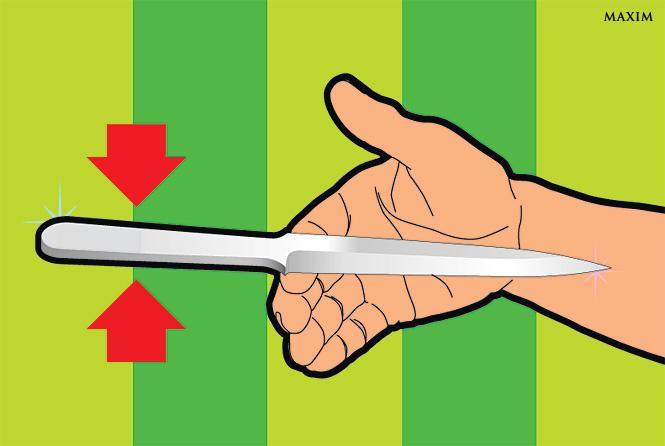 Найди центр тяжести ножа