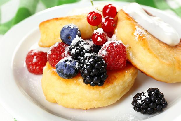 Фото №1 - Омлет в духовке, и еще 3 незамысловатых, но нестандартных рецепта для завтрака