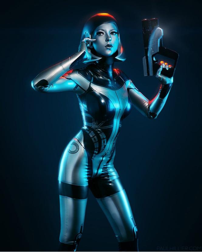 Самый сексуальный косплей героини игры Mass Effect