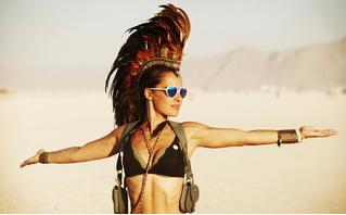 Горячий Инстаграм! Специальный выпуск: посетительницы фестиваля Burning Man